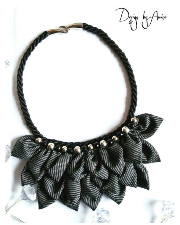 elegantna crna ogrlica